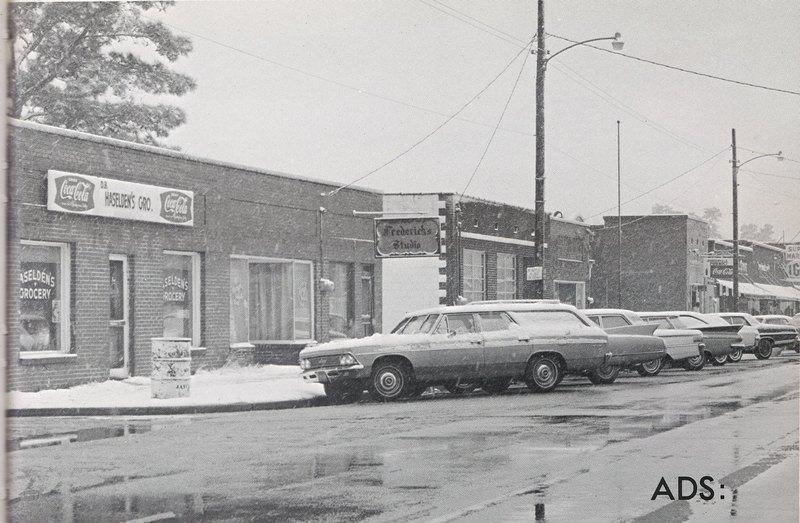 Broadway 1968 looking West