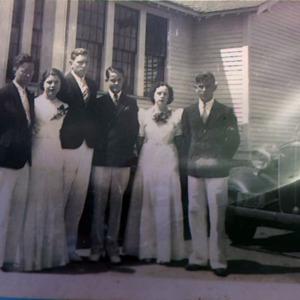 Prospect High Class of 1938.jpg