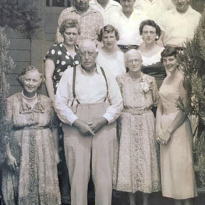 Julius and Lillie Belle Altman Family.jpg