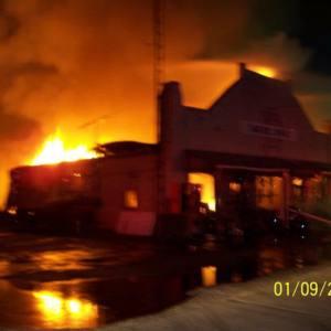 Evans Brothers building burns, 2007.jpg