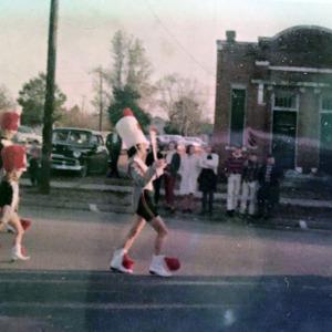 Christmas Parade 1966 (4).jpg
