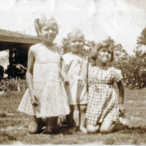 Betty Jo, Delance, and Louise Poston.jpg