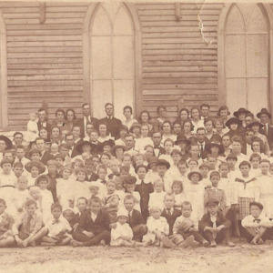 Ebenezer Methodist Church congregation 1920.jpg