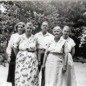 Edna, Esther, Briley, Meta, Violet Carter.jpg