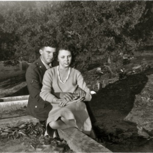 Buster and Linnie Ruth Hanna.jpg